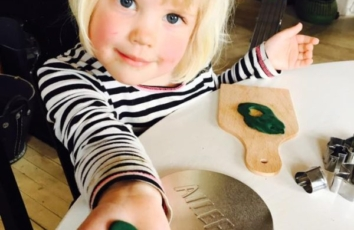 green heart, ailefo organic modeling clay